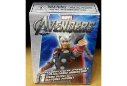Фигурка Heroclix Marvel. The Avengers Movie Marquee Figure Brick Thor